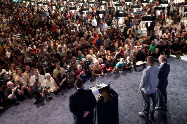 Фил Айви и Джек Бинион на церемонии вручения WSOP, где Айви получил свой восьмой титул